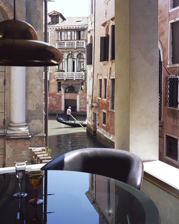 AD Magazine, Venice, Italy. - © François Coquerel